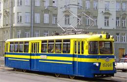 яркий трамвай