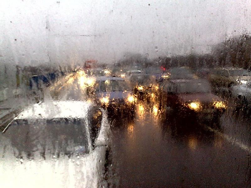 движение во время дождя